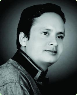 बहुआयामी प्रतिभा के धनी शहर के युवा लेखक और कवि चंपेश्वर गोस्वामी ल मिलही डिलीट मानद के उपाधि