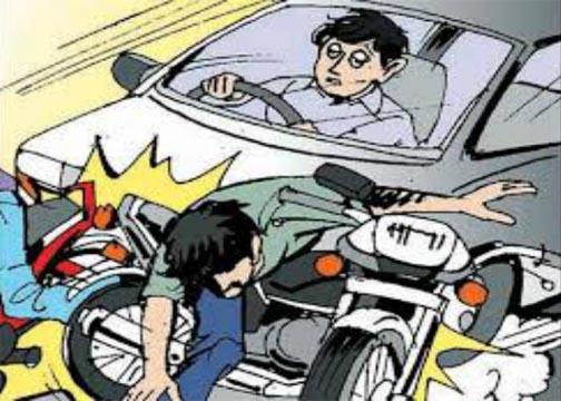 शराबी कार चालक ह स्कूटी अऊ बाइक सवार मन ल मार दिस टक्कर, युवती के मौत